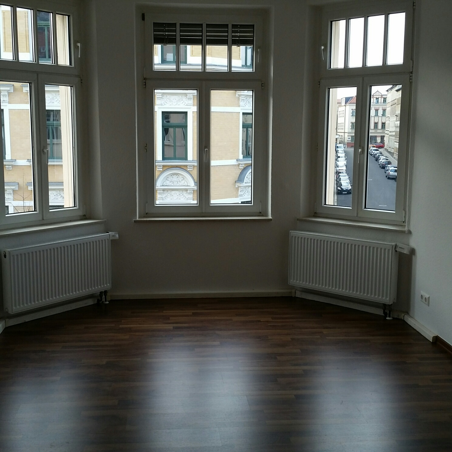 VERMIETET | 4 Raum Wohnung mit Balkon in Leipzig Lindenau ...